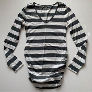 Old Navy Long Sleeve Maternity Shirt